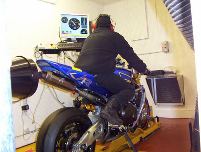 Motorcycle service diagnostic equipment